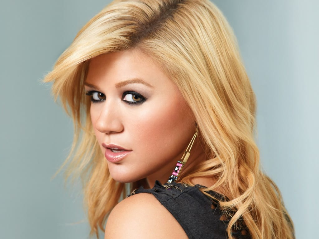Kelly Clarkson Unreleased