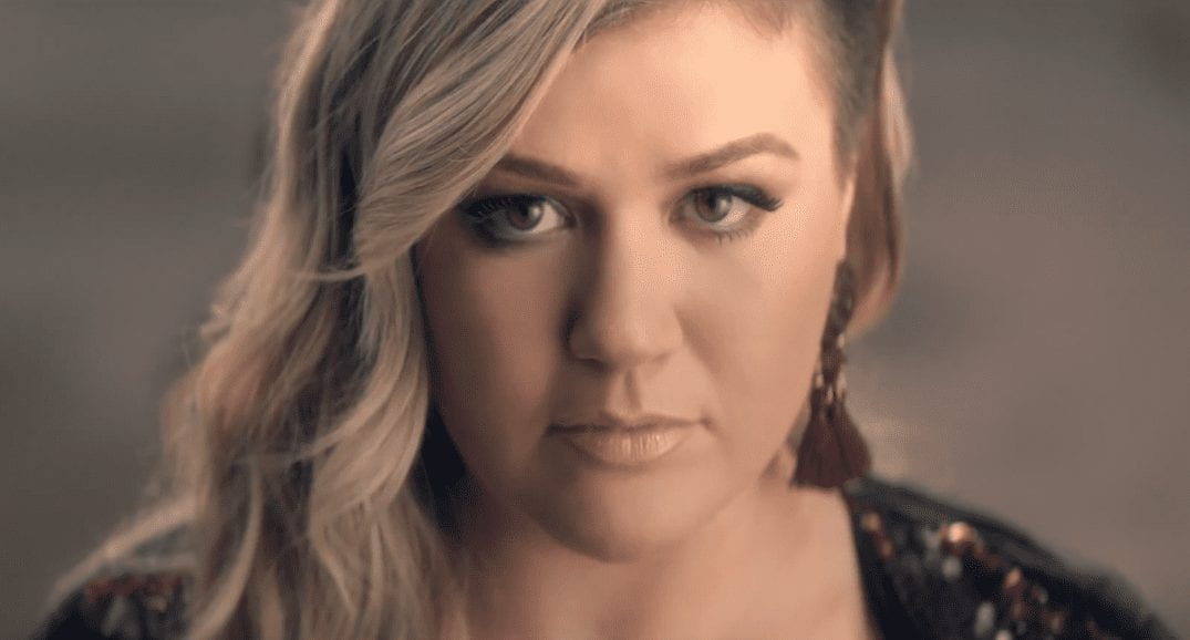 Kelly Clarkson Invincible Video