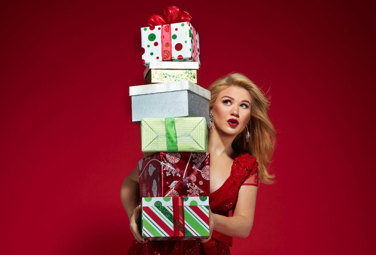 Kelly Clarkson My Favorite Things Christmas and Christmas Eve