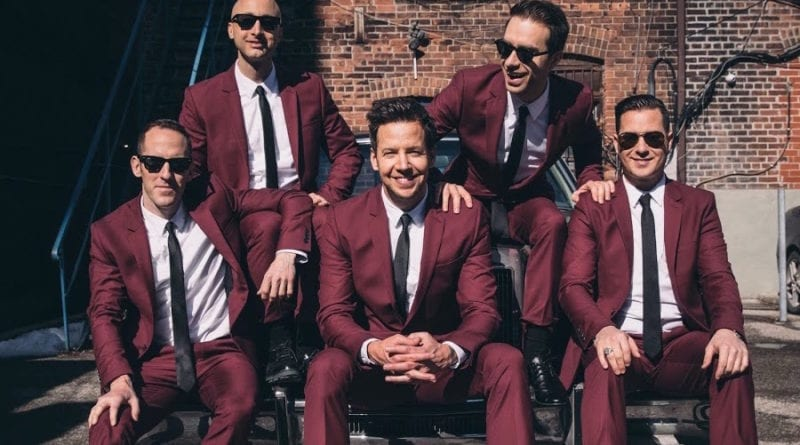 simple plan christmas every day