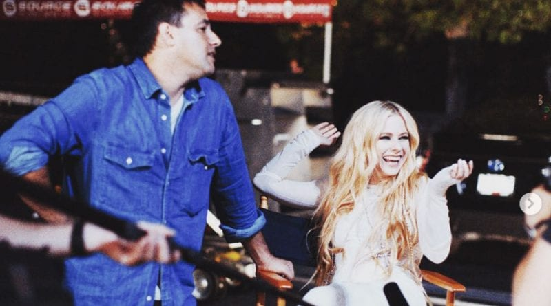Avril Lavigne Elliott Lester - 7-Day Video Shoot Comeback Single