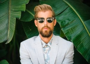 Review: Andrew McMahon In The Wilderness Captures Nostalgia With Vivid Storytelling On 'Upside Down Flowers'