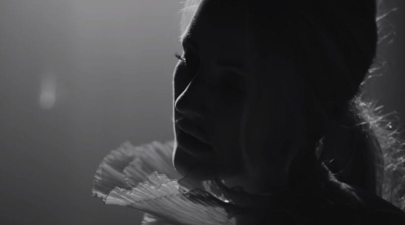 Ellie Goulding - Flux - music video
