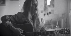 "Ellie Goulding Offers Nostalgic Acoustic Version Of ""Sixteen"""